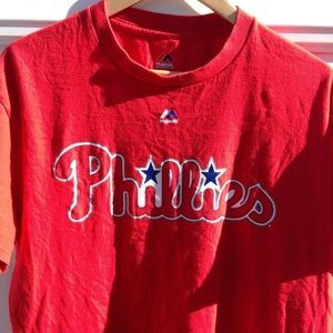 Phillies red tee shirt size L